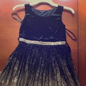 Black and gold formal dress - size 10 girls